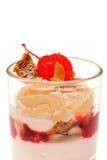 Zoet dessert met kers Stock Afbeelding