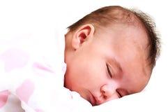 Zoet vreedzaam en in slaap babymeisje Royalty-vrije Stock Fotografie