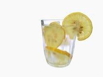 Zoet water met citroen stock afbeelding