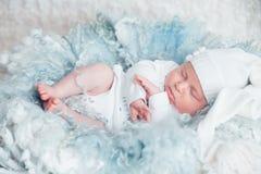 Zoete baby in zoete droom Royalty-vrije Stock Afbeeldingen