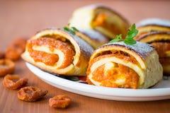 Zoete broodjes met abrikozen Stock Foto