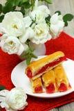 Zoete cake met aardbei Stock Fotografie