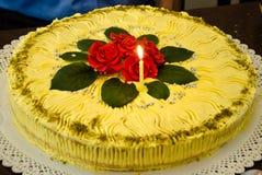 Zoete cake met rozen in 3d Royalty-vrije Stock Fotografie