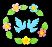 Zoete decoratieduiven en bloemen Stock Foto's