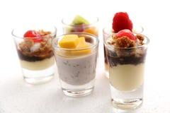 Zoete desserts in het glas Stock Foto's