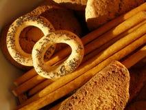 Zoete koekjes, stokken en crackers Stock Afbeeldingen