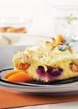 Zoete kouskouscake met fruit Stock Foto's