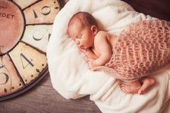 Zoete pasgeboren baby Royalty-vrije Stock Foto's
