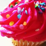 Zoete Roze Cupcake-Verrukking Royalty-vrije Stock Fotografie