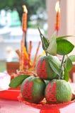 Zoete sinaasappel in de Chinese ceremonie van het stijlhuwelijk Stock Foto