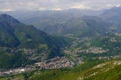 Zogno antenn, Italien Royaltyfri Bild