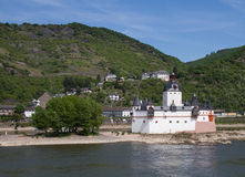 Zoll-Schloss - Burg Pfalzgrafenstein stockfotografie