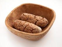 Zolla di legno con i biscotti Immagini Stock