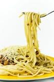 Zolla di spaghetti con i parmes Immagini Stock
