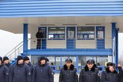 Zollbeamten an der Einweihung neuer ukrainischer Grenze Palanca Moldovans stockfoto