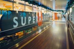 Zollfreier Supermarkt, baltische Königinkreuzfahrtfähre Stockfoto