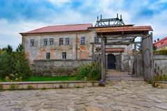 Zolochiv利沃夫州乌克兰, 2017年10月07日, Zolochiv城堡看法  库存照片