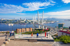 Zolotoy guld- bro, Vladivostok arkivbilder