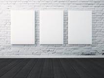Zombe acima do cartaz moldado na parede pintada no interior Imagens de Stock Royalty Free