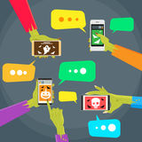 Zombie übergibt beweglicher Zelle intelligente Telefon-Anruf-Ebene Stockfotografie