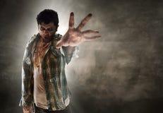 Zombie στο σκοτεινό δωμάτιο Στοκ Εικόνα