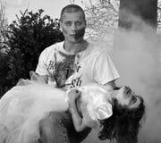 Zombie-Angriff lizenzfreie stockfotos