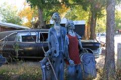 Zombiepaar in werf stock foto