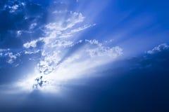 Zon achter wolken Royalty-vrije Stock Afbeelding