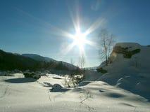 Zon in berg Stock Fotografie