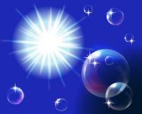 Zon in blauwe hemel met bellen Royalty-vrije Stock Afbeelding