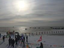 Zon in Chagan-Meer, China royalty-vrije stock afbeeldingen