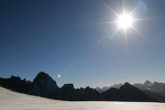 Zon in de bergen Stock Fotografie