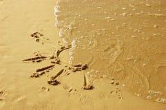 Zon die op zand trekt Stock Foto's