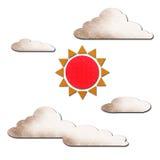 Zon en wolk op wit Royalty-vrije Stock Afbeelding