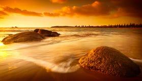 Zon Gekleurd Strand Stock Foto