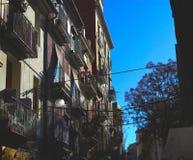 Zon geslagen gebouwen in Valencia royalty-vrije stock foto's