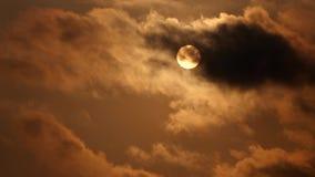 Zon met Wolken stock footage