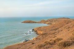 Zon van de zomertijd op hemel en zand van strand, landschap royalty-vrije stock afbeelding