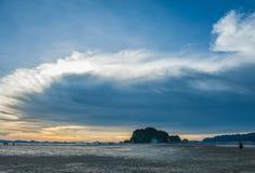 Zon, wolken en hemel, overzees royalty-vrije stock foto's
