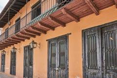 Zona殖民地居民老大厦建筑学在圣多明哥,多米尼加共和国 免版税图库摄影
