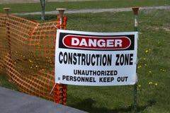Zona da construção do perigo Fotos de Stock Royalty Free