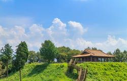 Zona de descanso del cuadrado de la observación de Choujayama en el castillo de Kikuchi Imagen de archivo libre de regalías