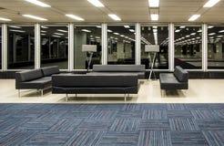 Zona de descanso moderna del edificio Imágenes de archivo libres de regalías