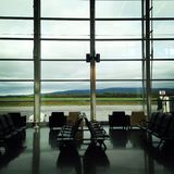 Zona de espera del aeropuerto imagenes de archivo