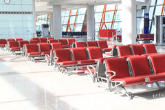 Zona de espera del salón del aeropuerto Foto de archivo