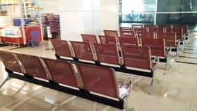 Zona de espera en el término de autobuses en Kuala Lumpur Fotos de archivo
