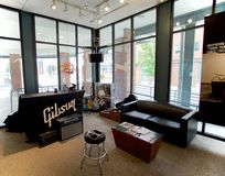 Zona de espera en Gibson Guitar Factory Memphis, Tennessee Imagen de archivo libre de regalías