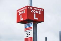 Zona de estacionamento do carro & x22; L& x22; parque de 3 horas Austrália, Victoria Fotos de Stock