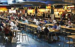 Zona de restaurantes de la alameda Imágenes de archivo libres de regalías