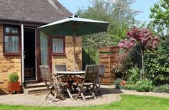 Zona del patio di un giardino inglese Fotografia Stock
